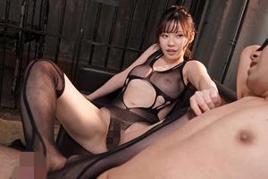 【深田えいみ】スケスケセクシーランジェリーでM男をイカせまくる美白痴女!