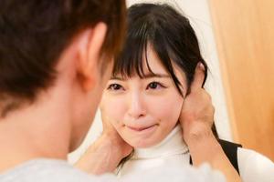 【小倉由菜】デビュー作でないと見れないプロ男優の濃厚エッチに我を忘れる美少女!