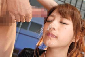 【相沢みなみ】美人の顔に高圧的なイラマチオでザーメンをぶっかける!